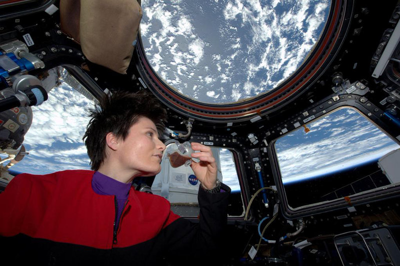 Astronaut Drinks Fresh-Brewed Espresso in Space from Innovative Cups brewed from ISSpresso - Unexpected Marketing Tips
